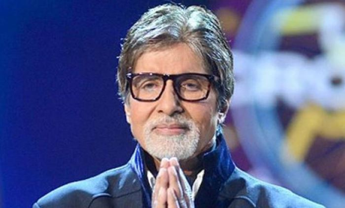 Photo of Defensive Amitabh Bachchan with KBC shooting in lockdown
